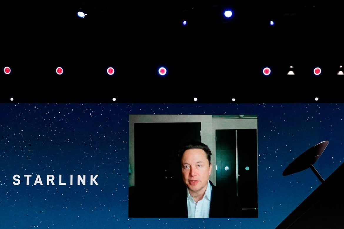 Parking lots and airports don't count for rural broadband funding, FCC tells SpaceX